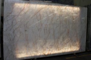 Cristallo Quartzite polished 2CM